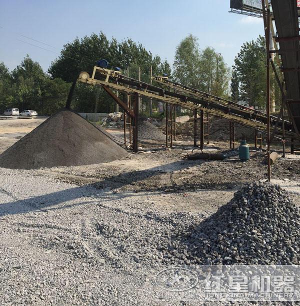 道砟石生产现场