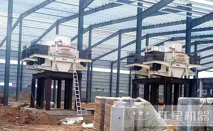安装中的HVI大型制砂生产线现场