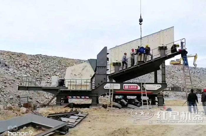 安徽流动反击式碎石机青石生产现场